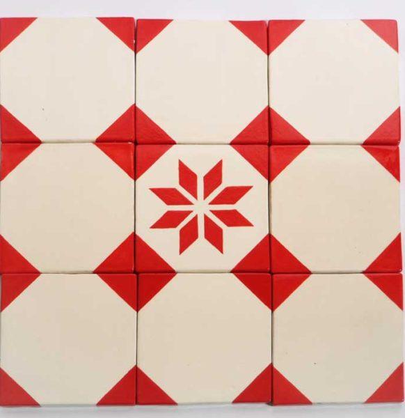 c-motifs-blanc-coins-rouges-etoile-8